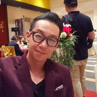 Photo taken at Oversea Restaurant by Alvin L. on 10/8/2016