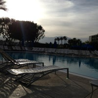 Photo taken at JW Marriott Oasis Bar And Grille by Randy P. on 3/21/2013