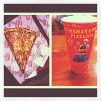Photo taken at Big Mama's & Papa's Pizzeria by Benjamin B. on 9/19/2012
