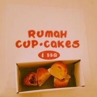 Photo taken at Rumah Cupcakes & BBQ by Askar J. on 6/7/2014