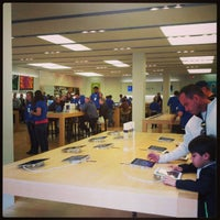 Photo taken at Apple Store, Chandler Fashion Center by Jessica R. on 2/10/2013