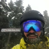 Photo taken at Mount Snow Summit Lodge by Drew P. on 12/27/2012