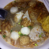 Photo taken at Li Fishball Noodle Restaurant by Paphaphat P. on 4/30/2014