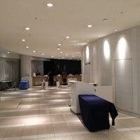 Photo taken at 品川プリンスホテル アネックスタワー by Tsuyoshi I. on 1/15/2013