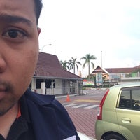Photo taken at Petronas Penapisan Melaka Sdn Bhd by Izaan S. on 8/4/2016