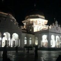 Photo taken at Masjid Raya Baiturrahman by Mazdani on 9/28/2012