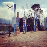 Photo taken at Neomundo by Jorge D. on 12/5/2013