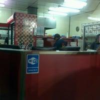 Photo taken at Pizza Pizza by Fernando U. on 2/10/2013