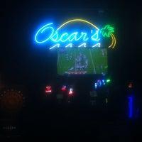 Photo taken at Oscars Pub & Grill by Özgür Ç. on 11/28/2014