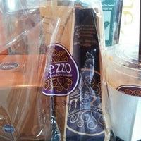 Photo taken at Mezzo by Nong Pin K. on 10/1/2012