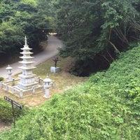 Photo taken at 골굴사 (骨窟寺, Golgulsa) by Berkay Y. on 7/30/2015