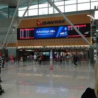 Photo taken at T3 Qantas Domestic Terminal by Nataly O. on 1/2/2013