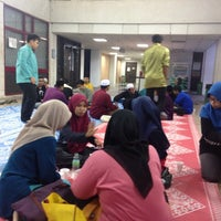 Photo taken at Fakulti Kejuruteraan dan Alam Bina UKM by ohh y. on 12/3/2015