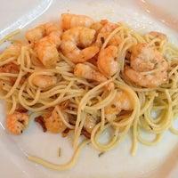 Photo taken at Restaurante Candido's by Rafael B. on 5/10/2013