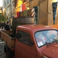 Photo taken at Rione XIII - Trastevere by Stefano on 12/13/2015