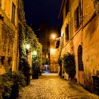 Photo taken at Rione XIII - Trastevere by Stefano on 3/13/2016