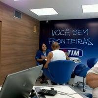 Photo taken at Loja TIM by Rubens M. on 1/3/2013