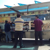 Photo taken at Angelica's Taco Truck by Jeimy V. on 3/29/2013