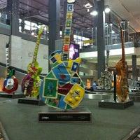 Das Foto wurde bei Austin Bergstrom International Airport (AUS) von James T. am 5/10/2013 aufgenommen