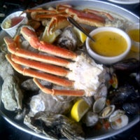 Photo taken at Fontaine's Oyster House by Fatima Al Slail on 9/30/2012