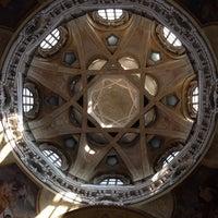 Photo taken at Real Chiesa di San Lorenzo by Gordeya B. on 6/13/2014