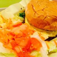 Photo taken at Mahaloha Burger by Mee Kittiphong on 7/27/2014