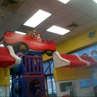 Photo taken at McDonald's by Nuning  i. on 8/14/2013