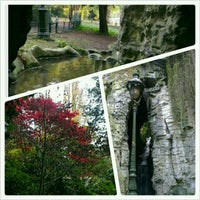 Photo taken at Buttes Chaumont Park by Inci on 11/11/2012