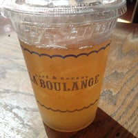 Photo taken at La Boulange de Hamilton by Mary Rose P. on 4/30/2014