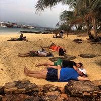 Photo taken at เกาะหวายบีชรีสอร์ท KOH WAI Beach Resort by Sergey R. on 1/10/2014