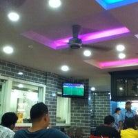 Photo taken at Restoran Ali's Corner by Snowy A. on 10/20/2012