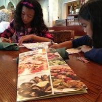 Photo taken at Olive Garden by Mara A. on 5/26/2013