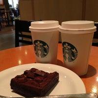 Photo taken at Starbucks by Guilherme F. on 5/27/2013