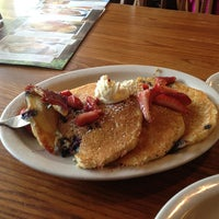Photo taken at Cracker Barrel Old Country Store by Igor K. on 5/31/2013
