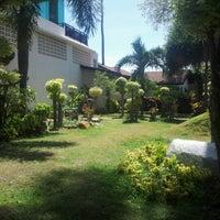 Photo taken at Phi Phi Banyan Villas by niti t. on 2/4/2013