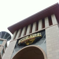Photo taken at Universal Studios Singapore by Amir Rasyad on 6/3/2013