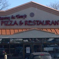Photo taken at Sonny & Tony's Pizza & Italian by B n H on 3/9/2014