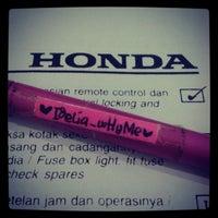 Photo taken at Honda Pacific Motor (Dealer Mobil Honda) by Stefanus E. on 3/21/2013