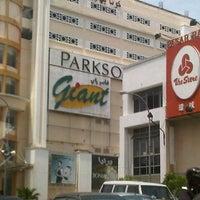 Photo taken at Parkson by Dzarif F. on 10/25/2012