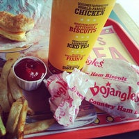 Photo taken at Bojangles' Famous Chicken 'n Biscuits by Mike H. on 7/31/2014
