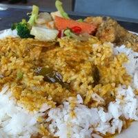 Photo taken at Restoran Teratak Ibunda by Aqil S. on 6/17/2013