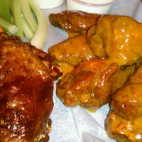 Photo taken at JP Looney's Sports Bar And Grill by Nico W. on 10/10/2012