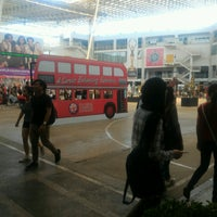 Photo taken at Plaza @ Limkokwing University of Creative Technology by jeff on 9/28/2016