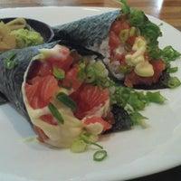 Photo taken at Kenddo Natural Sushi by Lucas G. on 1/28/2013