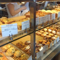 Photo taken at breadworks Tennoz by Hojung K. on 10/6/2012