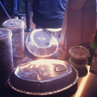 Photo taken at Chipotle Mexican Grill by Marisa Celise T. on 12/13/2012