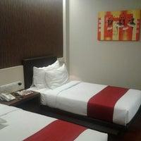 Photo taken at Grand CitiHub Hotel @TUNJUNGAN by Bil I. on 12/14/2013