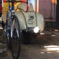 Photo taken at Bubur Ayam Jakarta Manyar by Willi S. on 3/23/2014