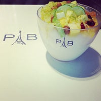 Photo taken at Paris Baguette by 🍒Phoebe🍒 on 1/18/2013
