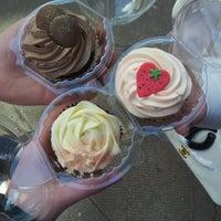 Photo taken at Cupcake Glasgow by Sarah S. on 4/27/2013